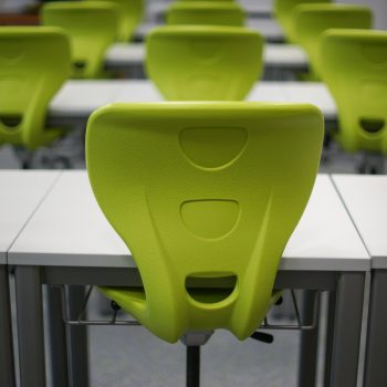 A must-read if you are thinking about implementing flexible seating in your classroom. Avoid these mistakes to ensure flexible seating runs smoothly. | Tame the Classroom