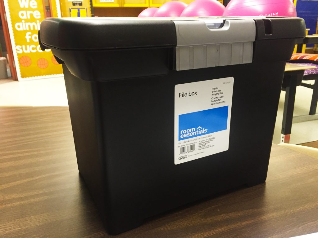 Teachers, you can't escape the fact that you have to grade papers. What are you doing to keep all of the papers organized? Need a solution? Use a file box! | Tame the Classroom